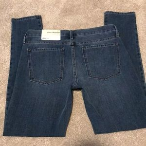Gap True Skinny 27R Jeans NWT
